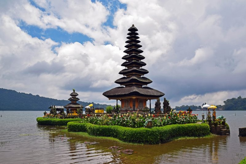 Longhaul holiday Bali temple